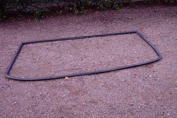 Comment démonter un pare-brise avec joint ?