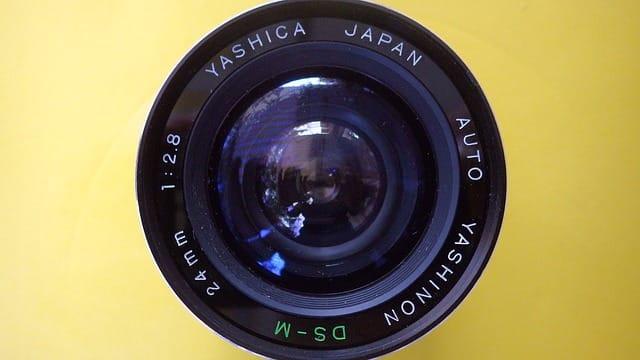 Quelles sont les particularités d'un pare-brise avec caméra ?