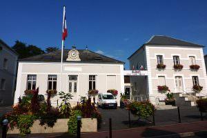 800px-Mairie_Bretigny